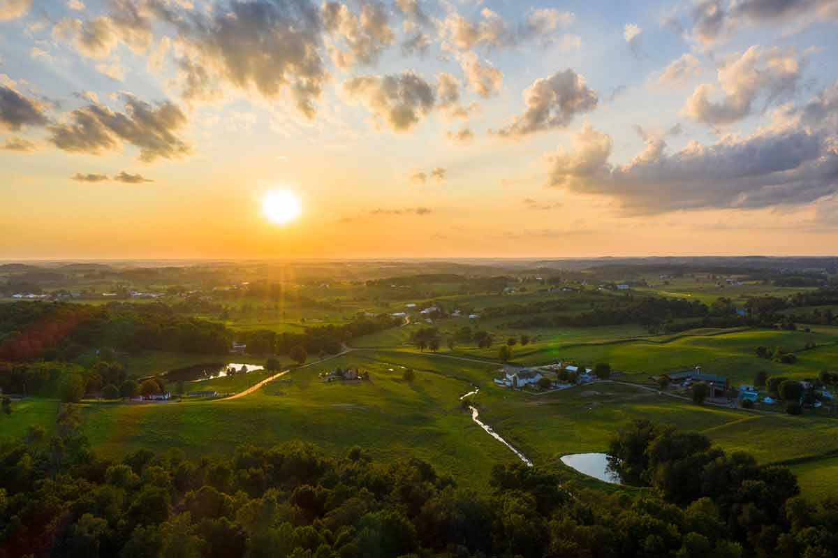 Country landscape in Amish Millersburg