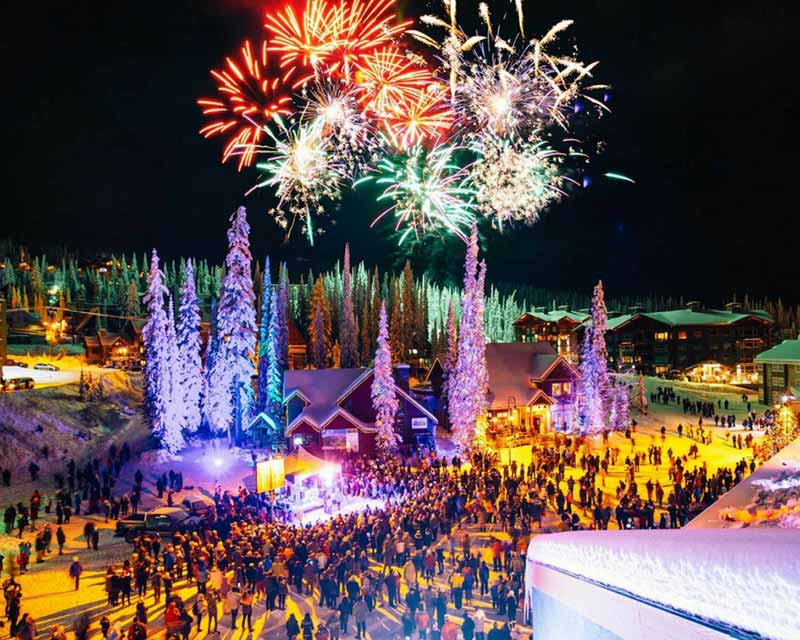 big white night skiing and events at night